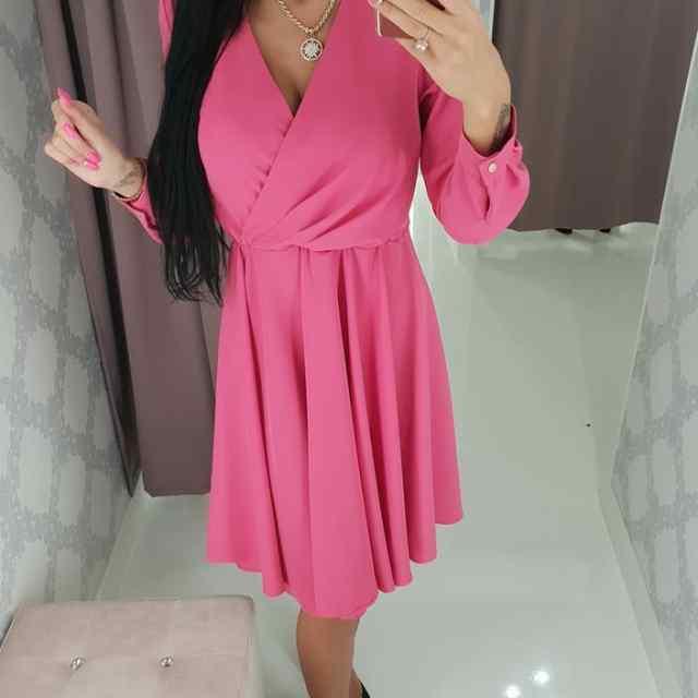 Superkaunis ja naiselik kvaliteetne kleit