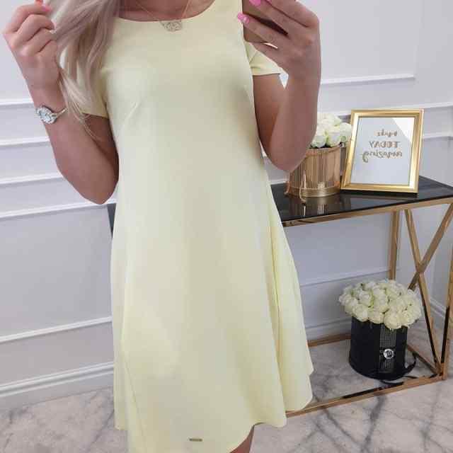 A-lõikeline kleit taskutega