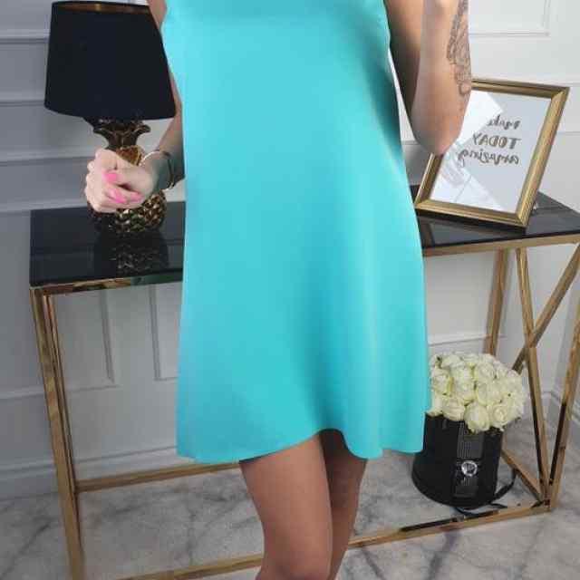 Kvaliteetne A-lôikeline kleit