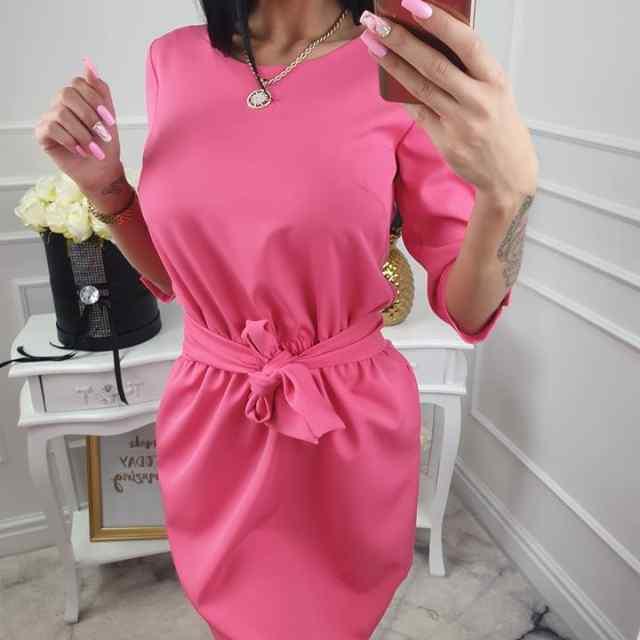 Kvaliteetne roosa kleit, keskelt kummiga ja paelaga