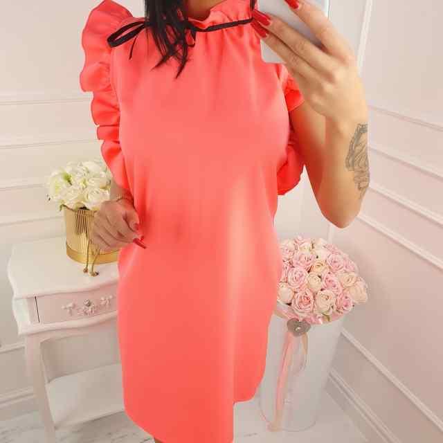 Kvaliteetne volangiga kleit, roosakas