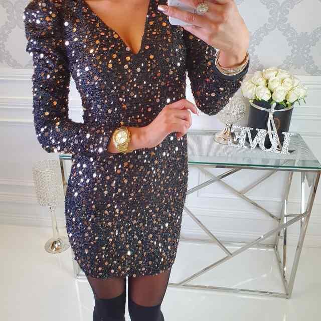 Kvaliteetne pehme puhvis varrukatega V-kaelusega sädelev kleit
