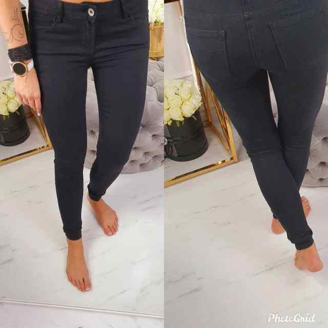 Mustad kvaliteetsed teksapüksid, strechid