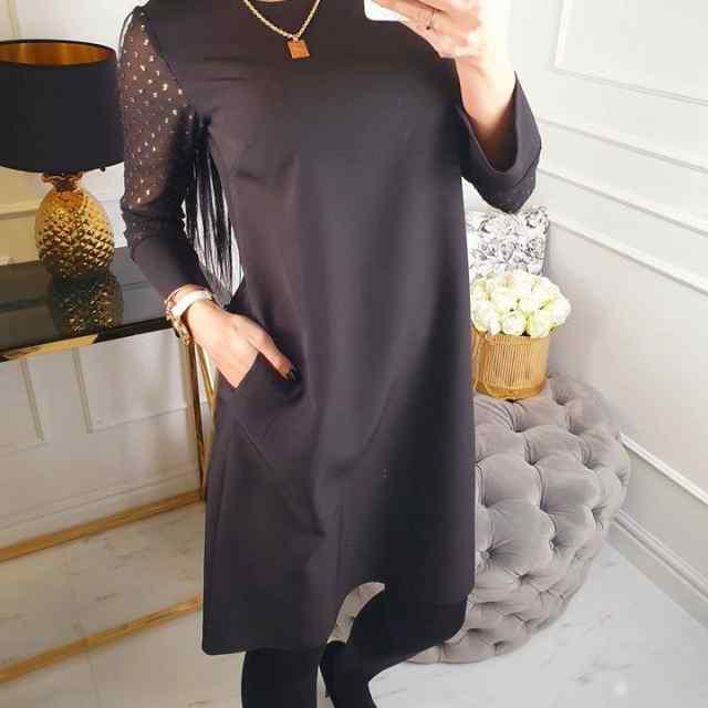 Kvaliteetne A-lõikeline kleit taskutega. VÕTTA kindlasti number suurem! Kangas ei veni.