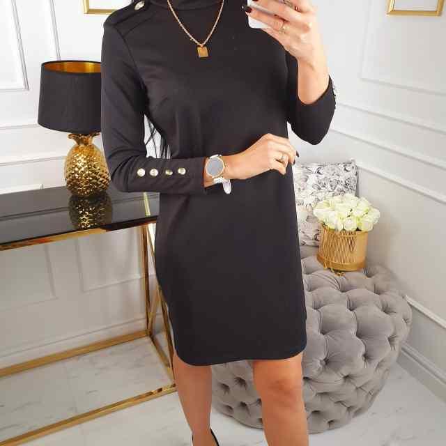 Kvaliteetsest kangast pidulikum kleit nööpidga. Ei ole taljesse