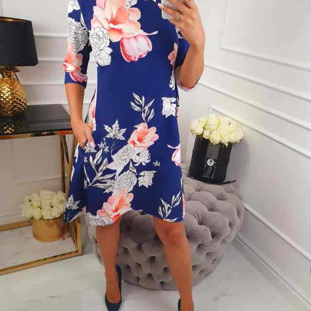 A-lõikeline lilleline kleit taskutega