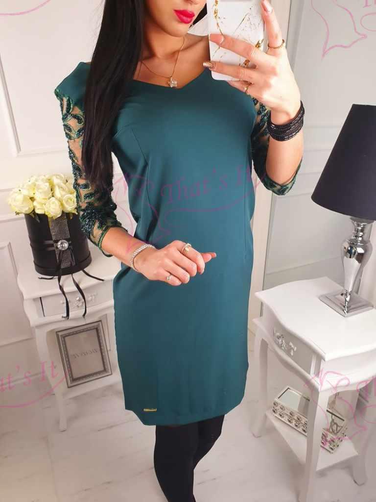 Kvaliteetne lsirglõikeline kleit, taga peidetud lukk. Varrukatel kaunistus!