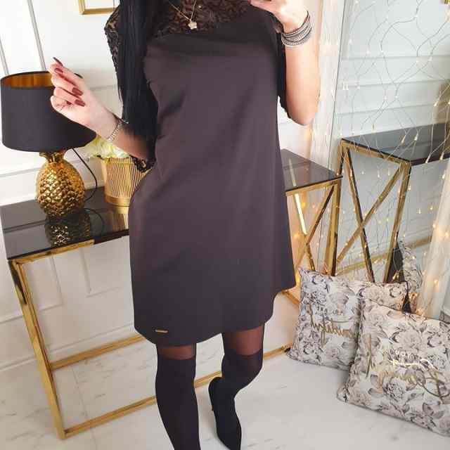 Natuke A-lõikesse naiselik kleit