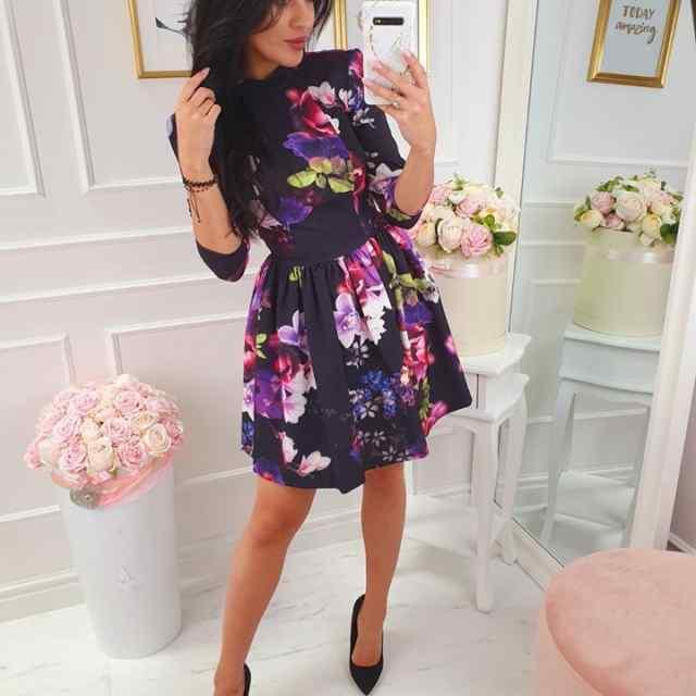 Kellukese lõikega armas kleit