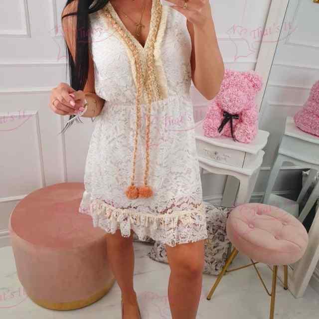 Romantilises stiilis kleit