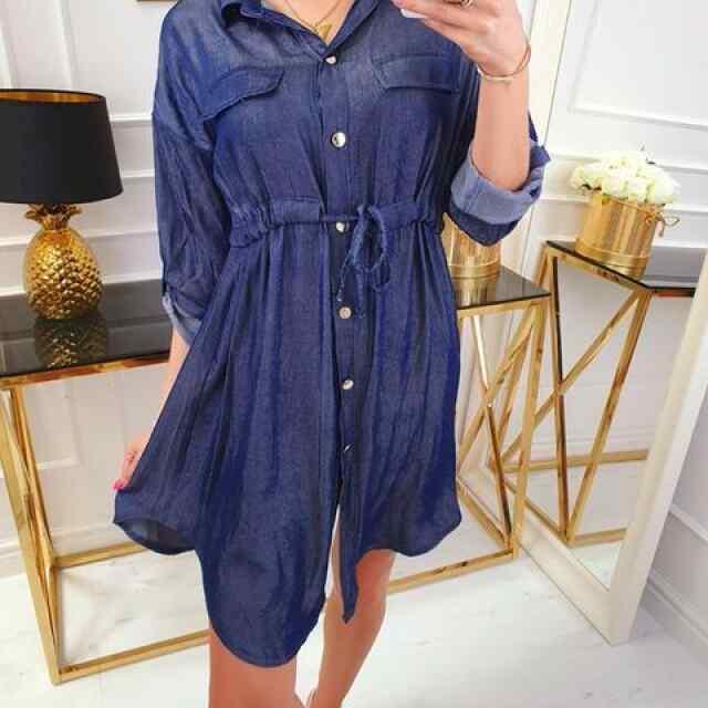 Keskelt paelaga reguleeritav teksa stiilis kleit