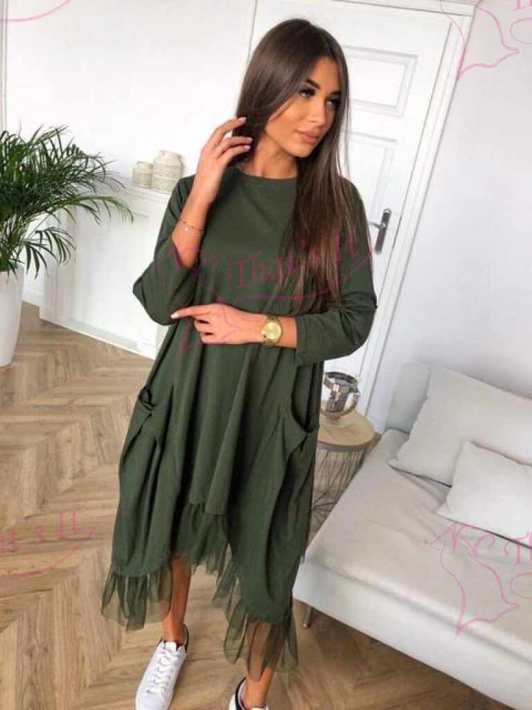 Langeva lõikega mugav taskutega kleit