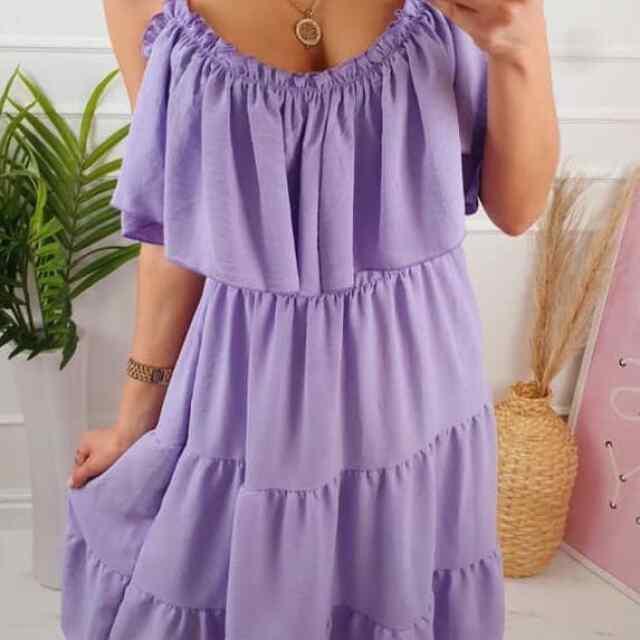 Suvine langeva lõikega kleit