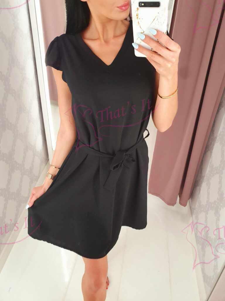 Keskelt paelaga seotav kleit